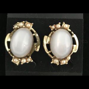 VINTAGE Moonstones w/Faux Pearls Earrings
